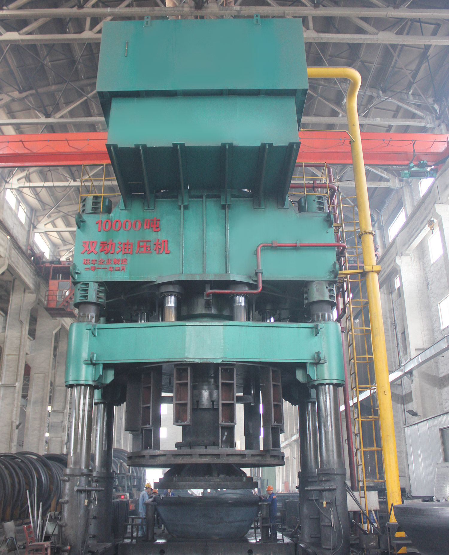 10000吨双动油压机(封...